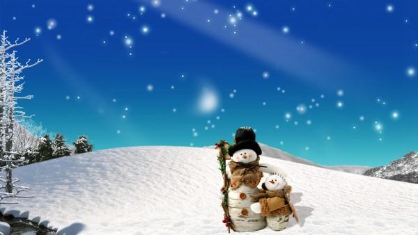 Два снеговика один большой другой маленький