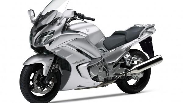 2016 Yamaha FJR1300AE EU Matt Silver HD 1920x1080 обои