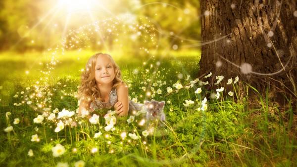 Милая девочка, девушка в цветах, дети, солнце, цветы, девочка