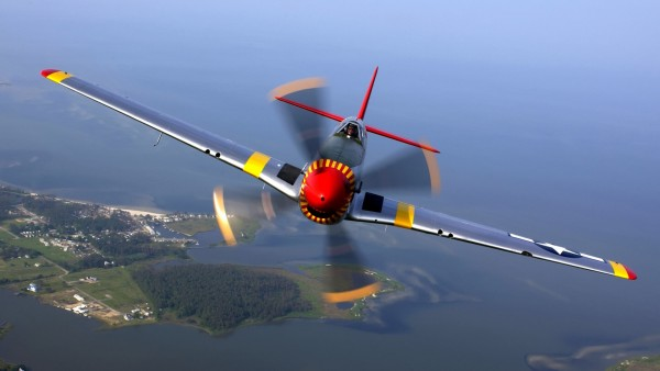 North American P-51 Mustang HD wallpaper