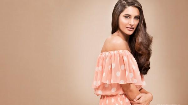 Наргис Факхри девушка модель красивая обои на рабочий стол