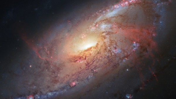 Messier 106 — галактика в созвездии Гончие Псы