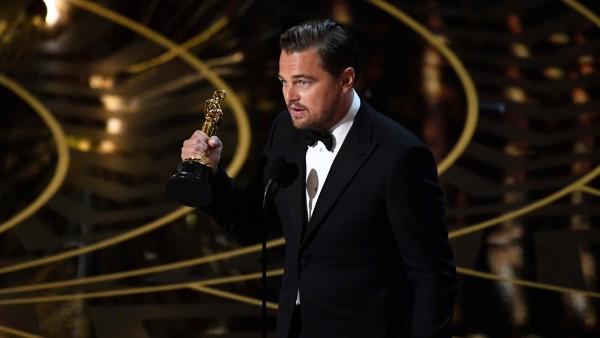 Когда Лео дали Оскар / Leonardo DiCaprio 2016 Oscar Winner