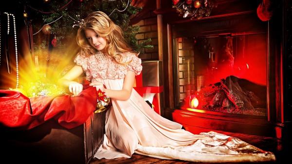 ёлка, рождество, девочка, комната, украшения, камин, новый год, принцесса, праздник, декорация