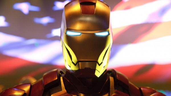 Железный человек, Приключения в броне, маска, герой