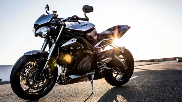 Лимитированная серия Triumph Street Triple 2017 обои мотоцикла