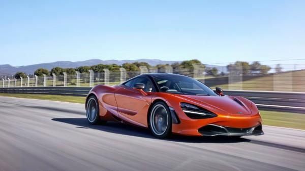 2017 McLaren 720s Coupe обои красного купе