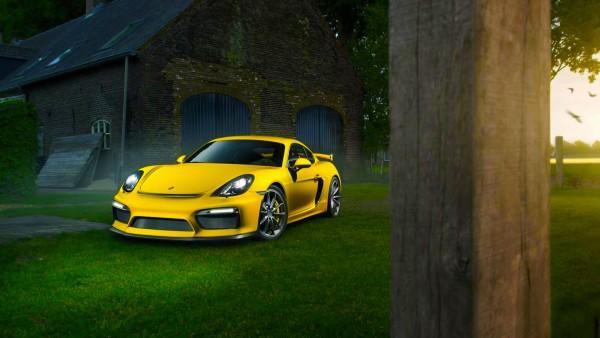 Трековый Porsche Cayman GT4