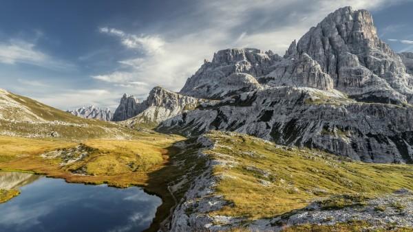 Горы, природа, горное озеро, скалы, небо, стоковые фото, заставка