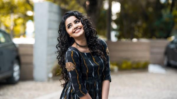 Анупама Парамесваран индийская актриса обои