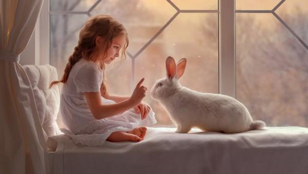 Милая девочка и кролик обои HD