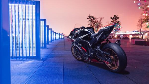 Спортивный мотоцикл Kawasaki Ninja ZX-10R обои