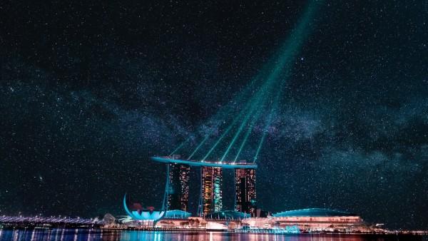 Картинки Marina Bay Sands ночью