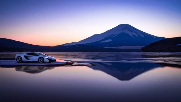 McLaren на горе Фудзи