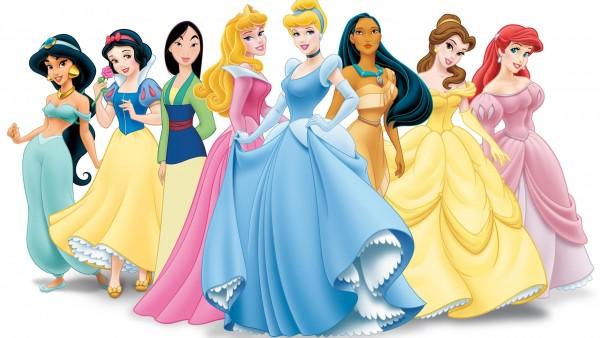 Все принцесы с мультфильмов Дисней на белом фоне