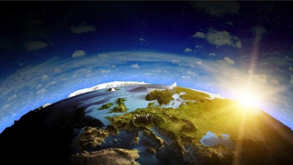 Интересный рисунок планеты Земля