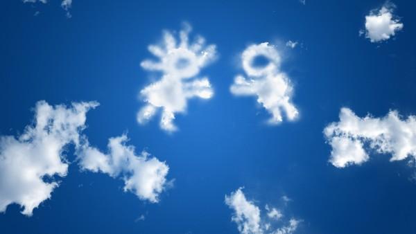 Голубые облока в виде детей