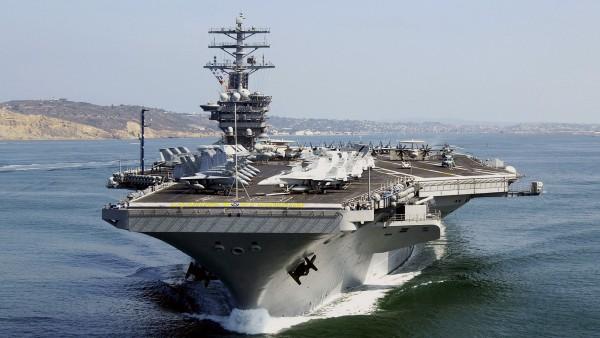 Американский авианосец USS Nimitz