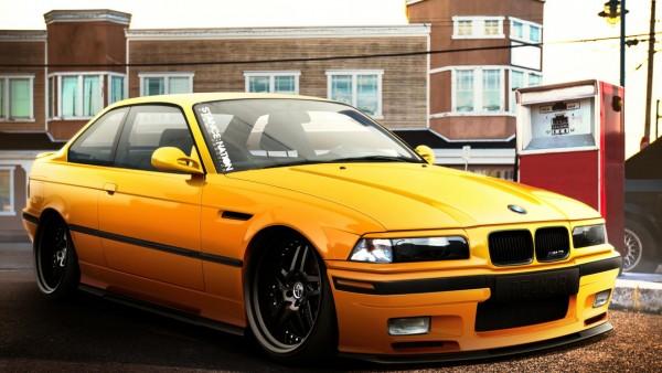 Обои желтого БМВ