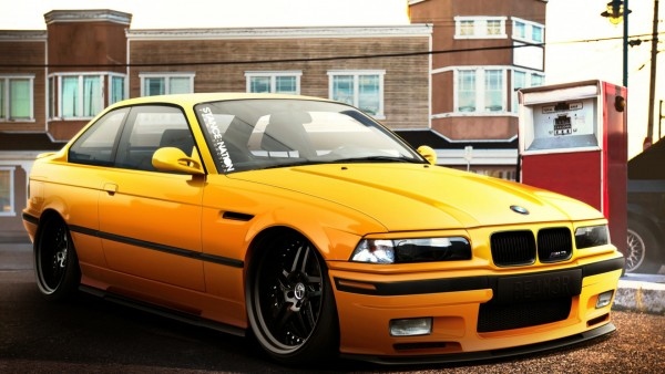 Желтый БМВ