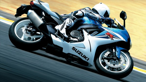 suzuki gsx r600 мотоцикл