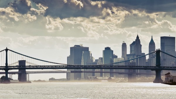Нью-Йорк Манхэттенский мост Облака картинки
