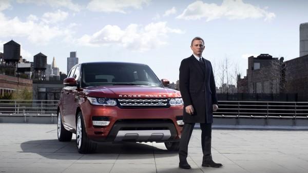 Джеймс Бонд и автомобиль Range Rover Sport картинки скачать