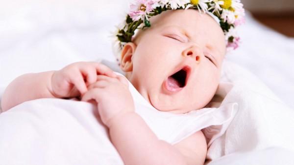Ребенок зевает картинки для рабочего стола скачать