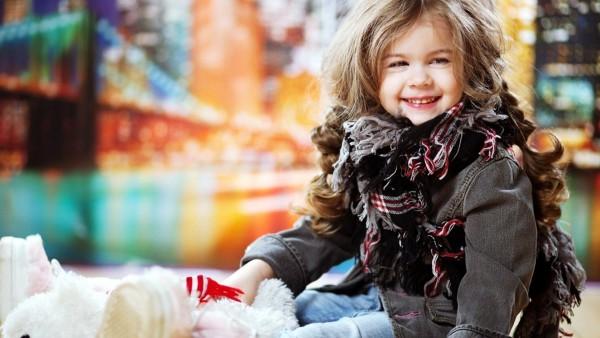 Модная маленькая девочка картинки для рабочего стола скачать