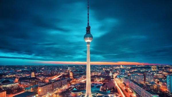 Берлин, германия, город, экзотическое освещение, ночь, обои hd, бесплатно