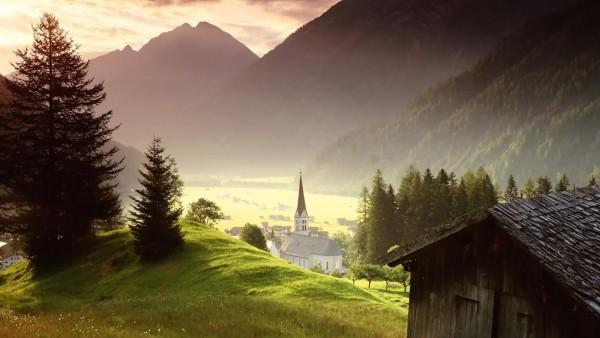 Церковь в деревне живописные леса на рабочий стол горный каньон обои