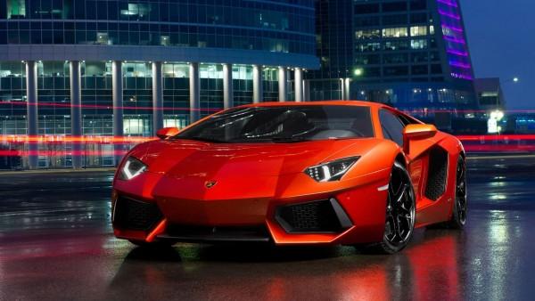 Фото красной Lamborghini спортивный автомобиль высокого качества для рабочего стола