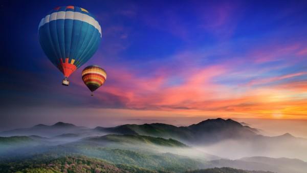 Горы, воздушные шары, лес, туман, утро, рассвет, фоны, заставки