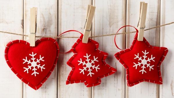Праздники, Новогодние игрушки, Сердце, Снежинки, картинки, заставки