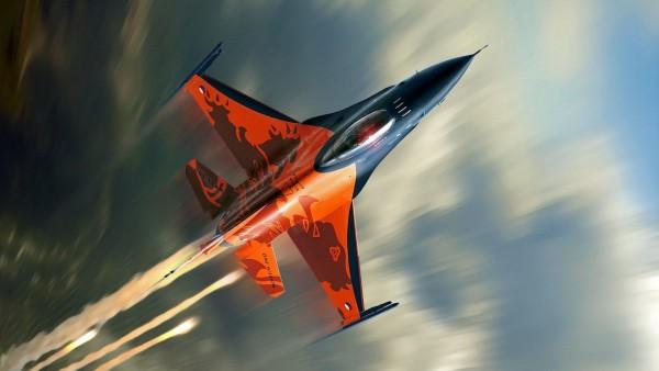 F16 фото