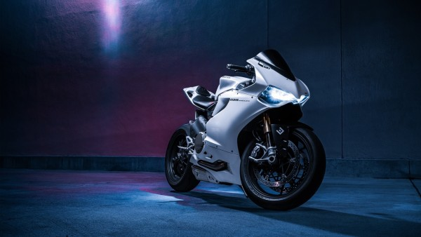 Ducati 1199 Panigale S широкоформатные заставки