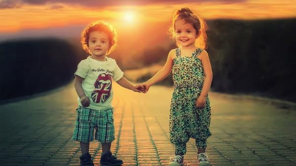 картинки счастливой семьи с детьми