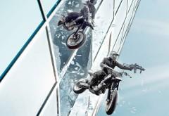 Мотоциклы прыгают с небоскреба экстрим обои