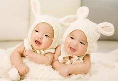 милые близнецы, двойняшки, детишки, зайчики, малыши