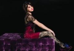 Селена Гомес (Selena Gomez) фото знаменитой певицы