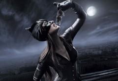 Женщина кошка, мышка, ночь, костюм, луна, еда