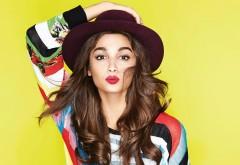 Алия Бхатт (Alia Bhatt Quad) на желтом фоне в шляпе hd обои
