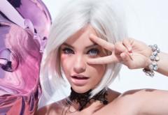 L'oreal Miss Manga - Barbara Palvin
