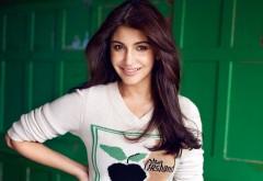 Анушка Шарма в журнале Vogue Индия