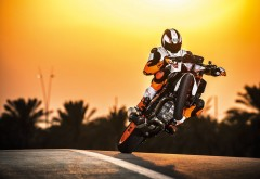 2017 KTM 1290 Super Duke R Stunt мотоцикл обои