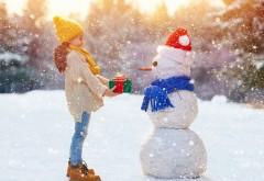 Ребенок, снег, дети, девочка, снеговик, зима, новый год, �…