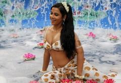 Видья Балан горячая девушка в купальнике обои HD