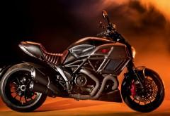 Мотоцикл Дукати Диавел обои HD