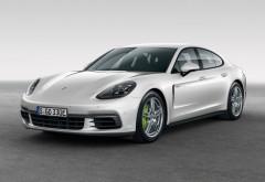2017 Porsche Panamera 4 E-Hybrid обои гибридного спорткара