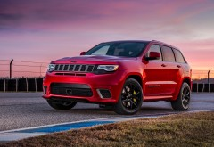2018 Jeep Grand Cherokee Trackhawk внедорожник обои HD